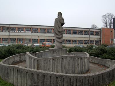 Sana buildings, fountain